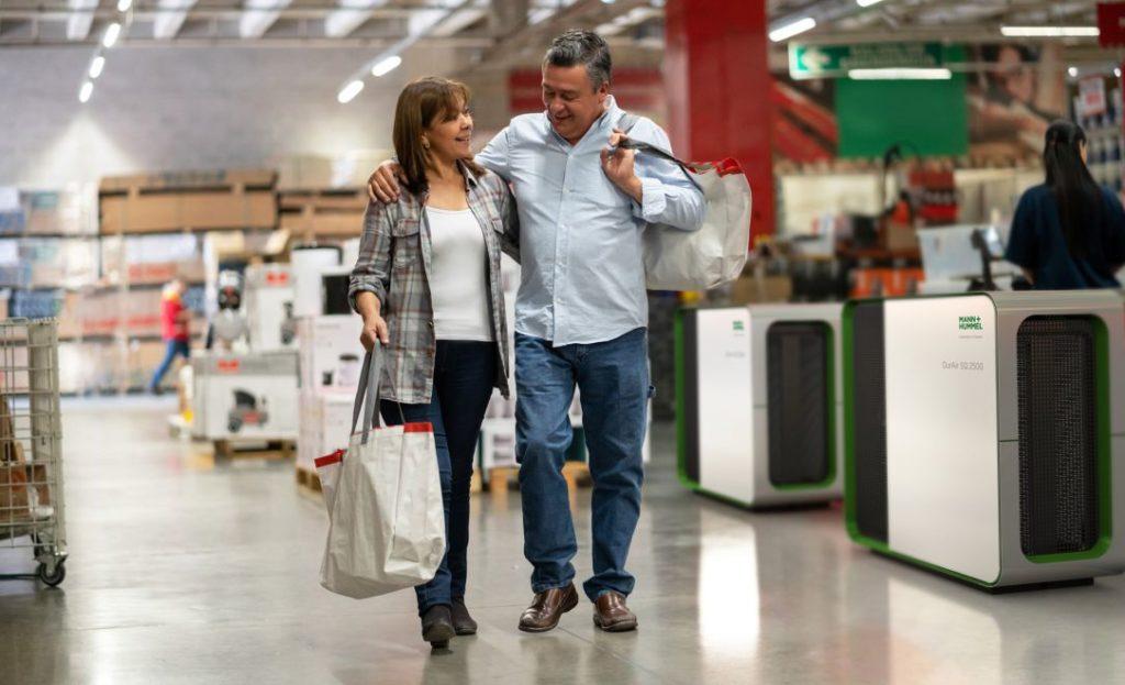 HEPA Luftreiniger in einem Einkaufscenter